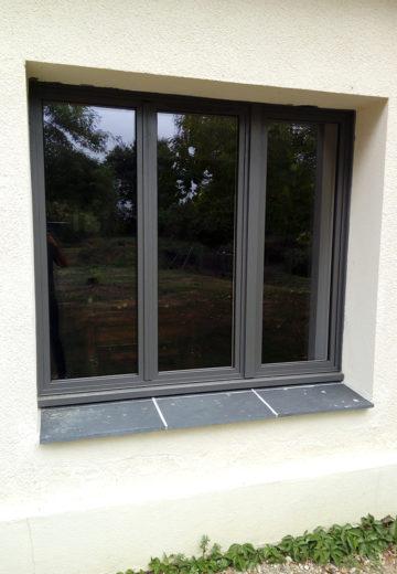Installation de fenêtres modernes à Angers, entreprise de menuuserie