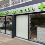 Rénovation de la façade d'une pharmacie en Loire-Atlantique