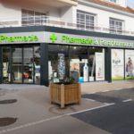 Rénovation de devanture de pharmacie et magasins en Maine-et-Loire par les Ateliers Michel
