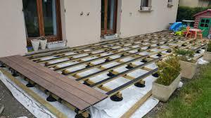 Installation d'une terrasse en bois composite sur plot à Angers